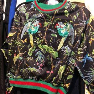 Graphic print sweater